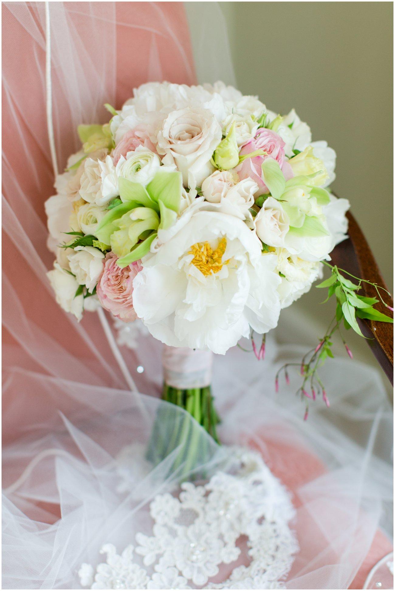 Ally_Ted_Kirkland_Manor_Wedding_0010